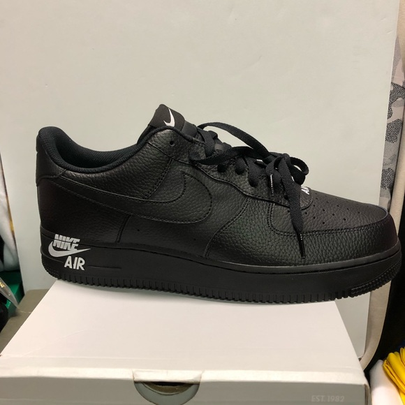 Nike air force 1 low all black men's size 11